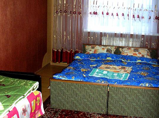 Дом посуточно в Каменце-Подольском, ул. Великанова. Фото 1