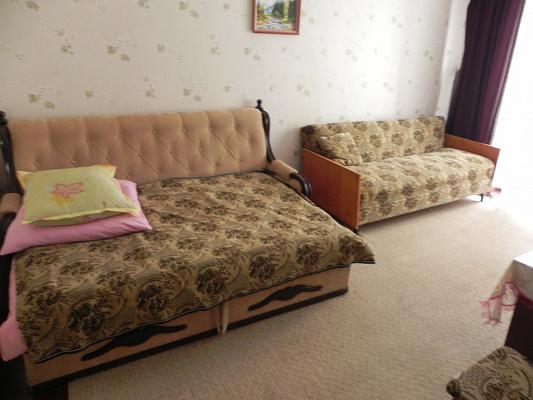 Трехкомнатная квартирапосуточно в Трускавце. ул. Сагайдачного, 16. Фото 1