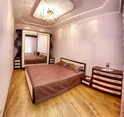 Двухкомнатная квартирапосуточно в Львове. Галицкий район, ул. Менцинского. Фото 1