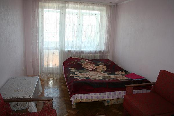 Однокомнатная квартирапосуточно в Луцке, пр-т Победы, 13. Фото 1
