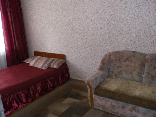Однокомнатная квартирапосуточно в Кременчуге. ул. Воровского, 31/20. Фото 1