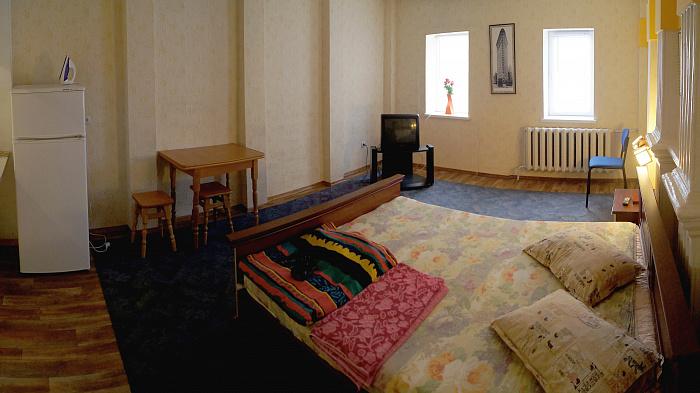 1-комнатная квартира посуточно в Сумах. Ковпаковский район, пер. Чугуевский, 5. Фото 1