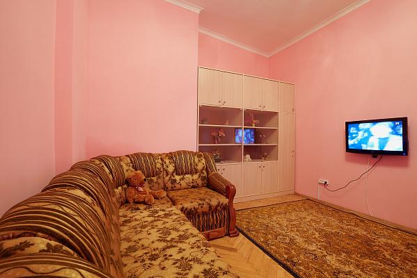 Двухкомнатная квартирапосуточно в Львове. Галицкий район, ул. Костюшка, 20. Фото 1