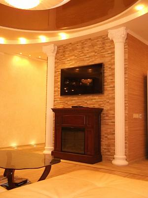 2-кімнатна квартираподобово в Севастополі. Гагарінський район, пр-т Античний, 18. Фото 1
