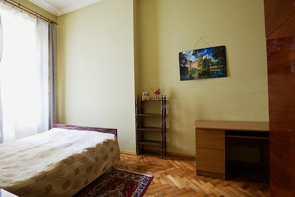 Двухкомнатная квартирапосуточно в Львове. Галицкий район, ул.Герцена, 6. Фото 1