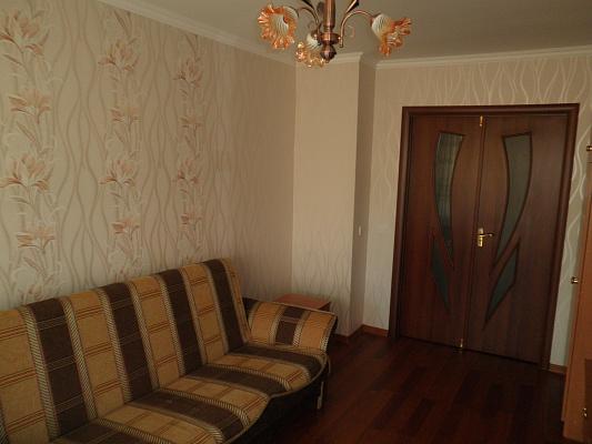 Двухкомнатная квартирапосуточно в Одессе. Приморский район, ул. Черняховского, 13. Фото 1