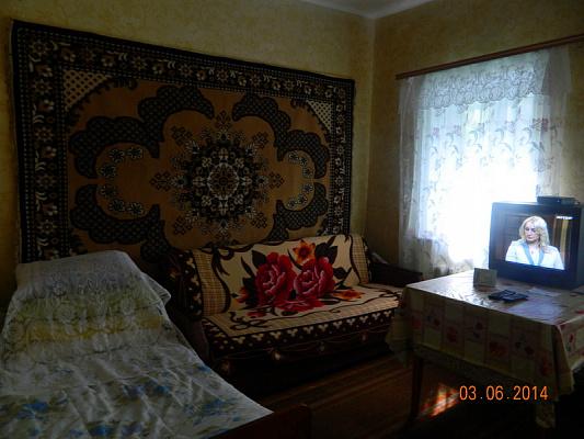 Дом посуточно в Бердянске, ул. Карла Маркса, 40. Фото 1