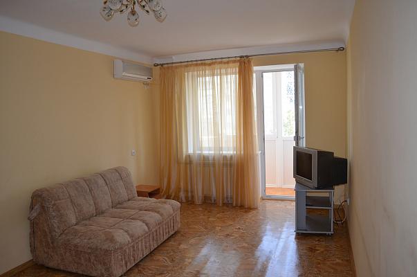 Однокомнатная квартирапосуточно в Евпатории. ул. Некрасова, 57. Фото 1