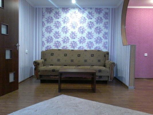 Двухкомнатная квартирапосуточно в Мелитополе. ул. Богдана Хмельницкого, 54. Фото 1