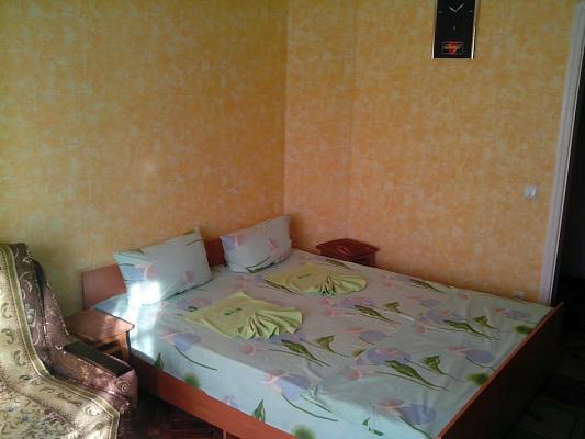 Однокомнатная квартирапосуточно в Каменце-Подольском. ул. Северная, 90/А. Фото 1