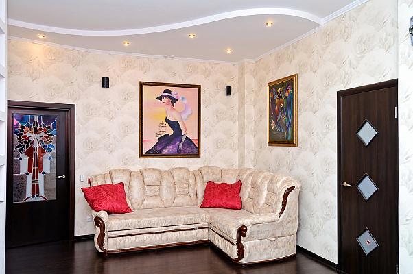 Двухкомнатная квартирапосуточно в Одессе. Приморский район, ул. Педагогическая, 21. Фото 1