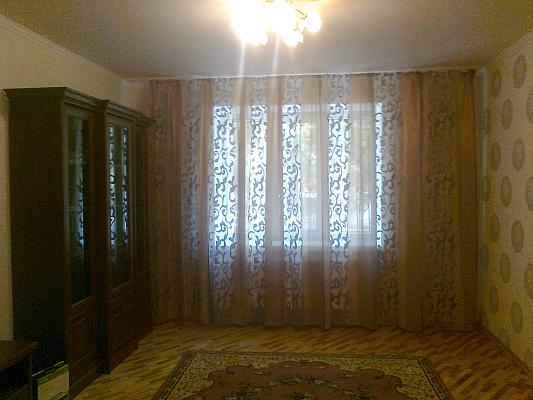 Двухкомнатная квартирапосуточно в Сумах. Заречный район, ул. Кирова, 158\1. Фото 1