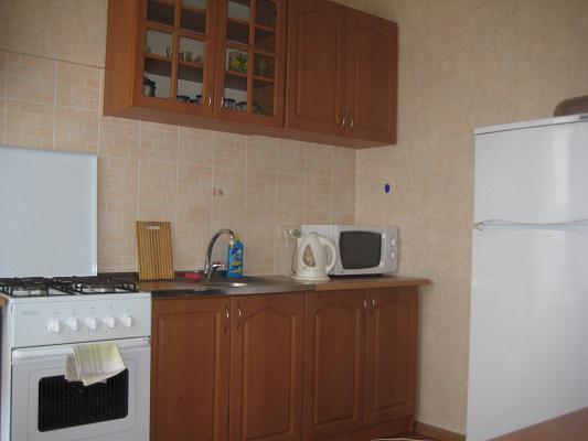 Однокомнатная квартирапосуточно в Кременчуге. ул. Бутырина, 25. Фото 1