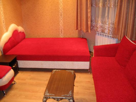 2-кімнатна квартираподобово у Севастополі, Ленінський район, вул. Генерала Петрова, 4А. Фото 1