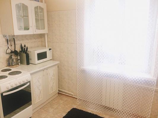 1-комнатная квартира посуточно в Киеве. Дарницкий район, пр-т Петра Григоренко, 36. Фото 1