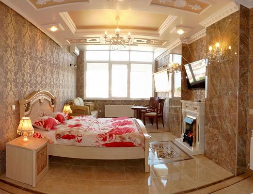 Однокомнатная квартирапосуточно в Севастополе. Ленинский район, ул. Сенявина, 5. Фото 1