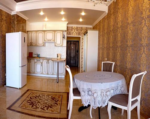 Однокомнатная квартирапосуточно в Севастополе, Ленинский район, ул. Сенявина, 5