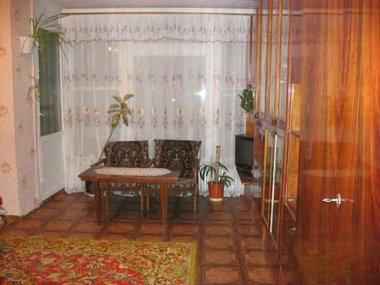 Однокомнатная квартирапосуточно в Шостке. ул.Депутатская, 15. Фото 1