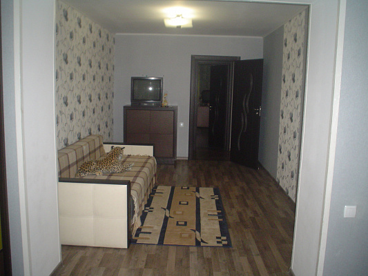 Двухкомнатная квартирапосуточно в Каменце-Подольском, ул. Небесной Сотни, 45. Фото 1