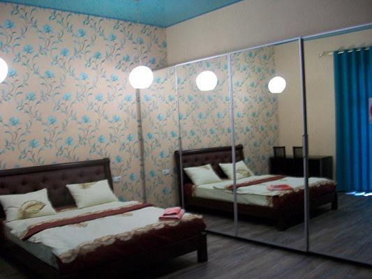 Двухкомнатная квартирапосуточно в Черкассах, б-р Шевченко, 150