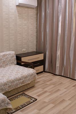 Двухкомнатная квартирапосуточно в Партените. ул. Прибрежная, 7. Фото 1