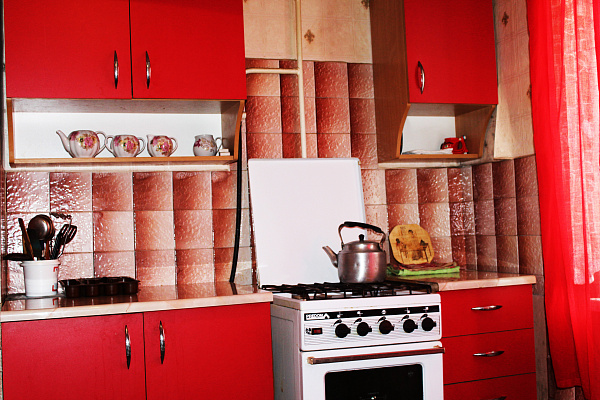 Однокомнатная квартирапосуточно в Херсоне. Днепровский район, Кулика, 135. Фото 1