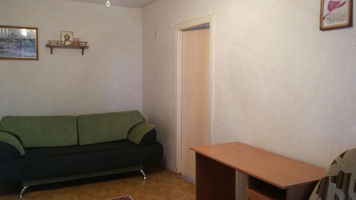 Двухкомнатная квартирапосуточно в Севастополе. Гагаринский район, ул. Маршала Крылова, 19. Фото 1