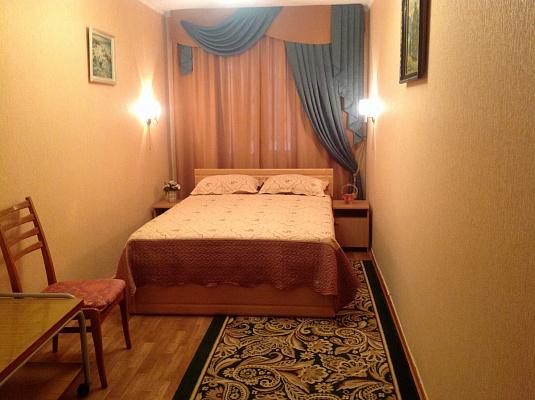 Трехкомнатная квартирапосуточно в Евпатории, ул. Интернациональная, 117