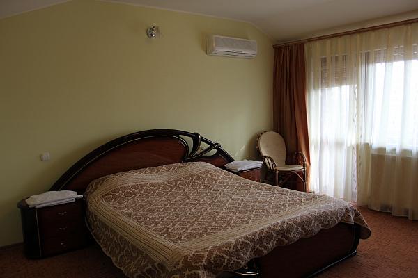 2-кімнатна квартираподобово в Житомирі. пров. Шодуаровський, 4. Фото 1
