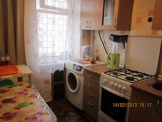 Однокомнатная квартирапосуточно в Сумах, Ковпаковский район, Засумская, 12г. Фото 1