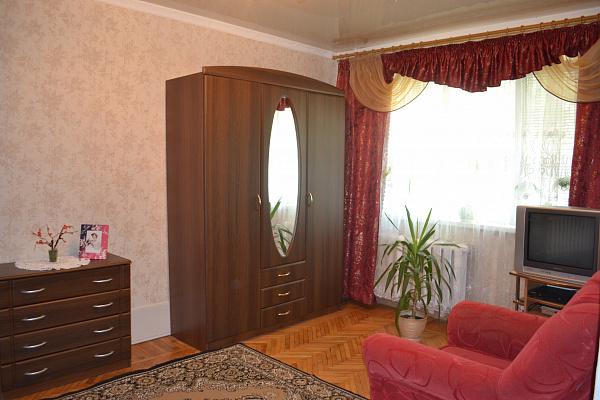 Однокомнатная квартирапосуточно в Виннице, Ленинский район, ул. Василия Порика, 4. Фото 1