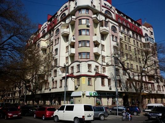 Однокомнатная квартирапосуточно в Одессе. Приморский район, ул. Жуковского, 10. Фото 1