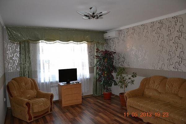 Однокомнатная квартирапосуточно в Миргороде. ул. Кашинского , 4. Фото 1