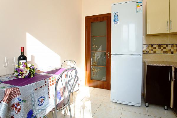 Двухкомнатная квартирапосуточно в Ивано-Франковске, ул. Независимости, 179