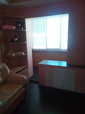 Двухкомнатная квартирапосуточно в Южном. пр-т Мира, 17. Фото 1