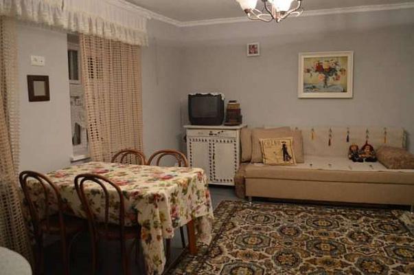 Однокомнатная квартирапосуточно в Одессе. Приморский район, ул. Лейтенанта Шмидта, 15. Фото 1