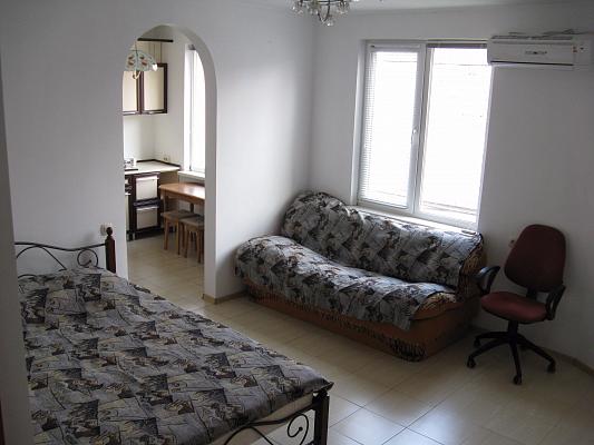 1-кімнатна квартираподобово в Сімферополі. Залізнодорожний район, пров. Вокзальний, 2. Фото 1