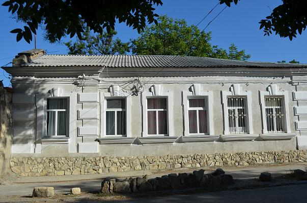 Дом посуточно в Феодосии. б-р Адмиральский , 12. Фото 1