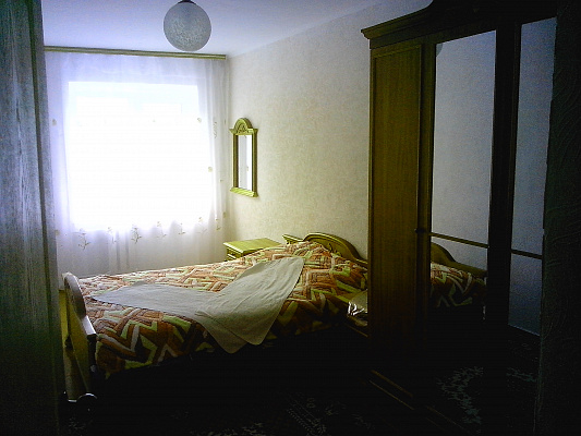Двухкомнатная квартирапосуточно в Житомире. ул. Киевская, 19. Фото 1
