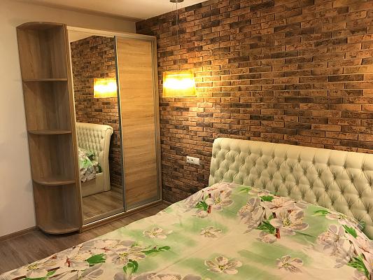 2-комнатная квартира посуточно в Днепре. Бабушкинский район, ул. Европейская, 8Б. Фото 1