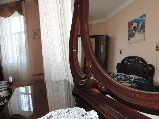 Двухкомнатная квартирапосуточно в Львове. Галицкий район, пр-т Свободы, 33. Фото 1