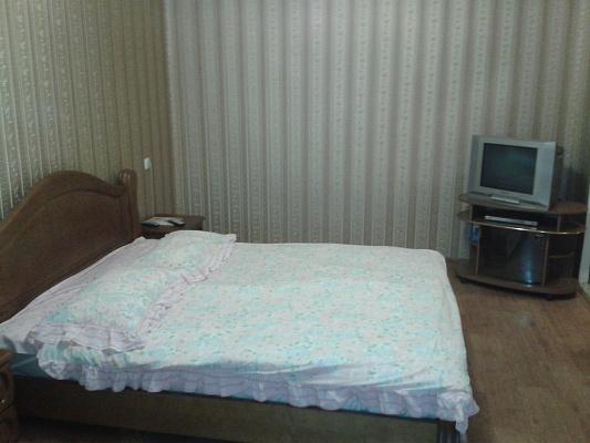 Однокомнатная квартирапосуточно в Кременчуге, ул. Пролетарская, 34. Фото 1