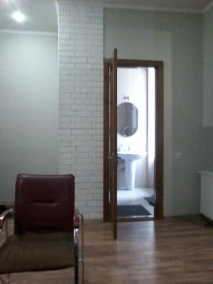 Двухкомнатная квартирапосуточно в Херсоне, Суворовский район, ул. Соборная, 14