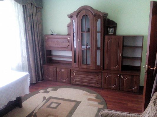 2-комнатная квартира посуточно в Трускавце. ул. Cтебницкая, 76. Фото 1