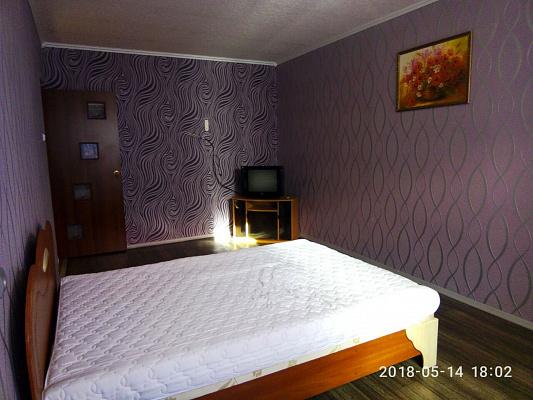 Двухкомнатная квартирапосуточно в Павлограде. ул. Войновой, 12. Фото 1
