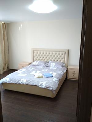 Однокомнатная квартирапосуточно в Тернополе, ул. Софии Стадниковой, 2. Фото 1