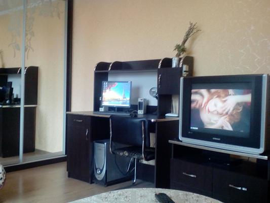 Однокомнатная квартирапосуточно в Ивано-Франковске. ул. Волынская, 3. Фото 1