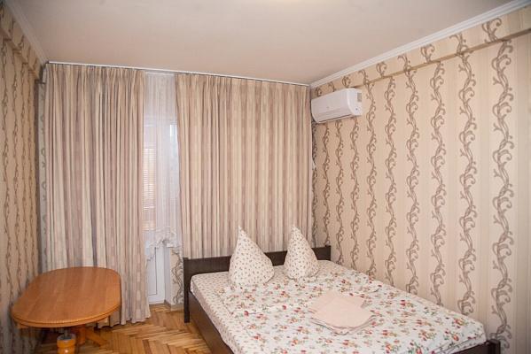 Однокомнатная квартирапосуточно в Запорожье, Жовтневый район, ул. Украинская, 34. Фото 1
