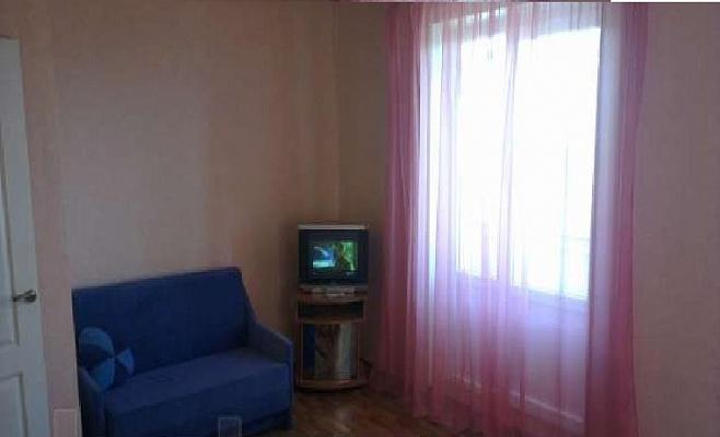 Однокомнатная квартирапосуточно в Харцызке, ул. Краснознаменская, 79. Фото 1