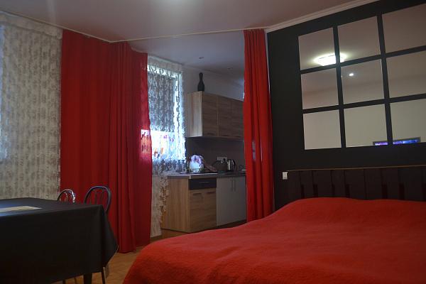 2-комнатная квартира посуточно в Каменце-Подольском. ул. Армянская, 6Б. Фото 1